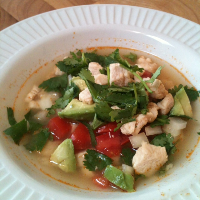 This Fresh Mexican Chicken Soup is so delicious, fresh, and easy to make for weeknight dinners! This soup is also paleo and healthy! - @TheFitCookie #paleo #healthy